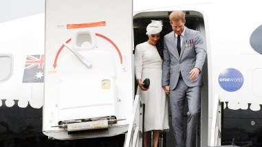meghan-and-harry-private-jet